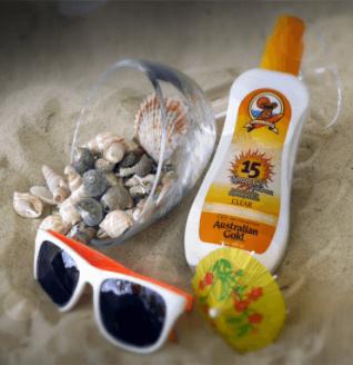 crema plaja rezistenta la apa SPF Economy Clear
