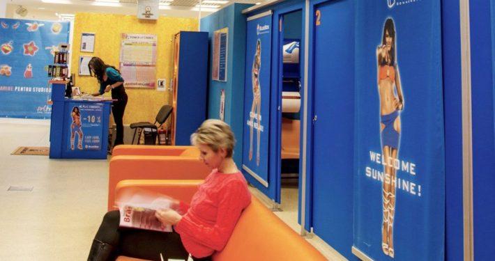 Sala de asteptare BlueBox Brasov