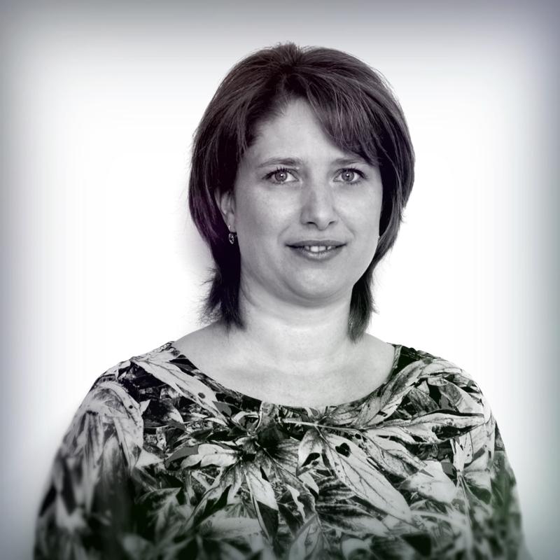Izabella Szabo