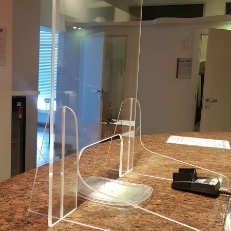 Panou protectie caserie plexiglas 60 x 70mm